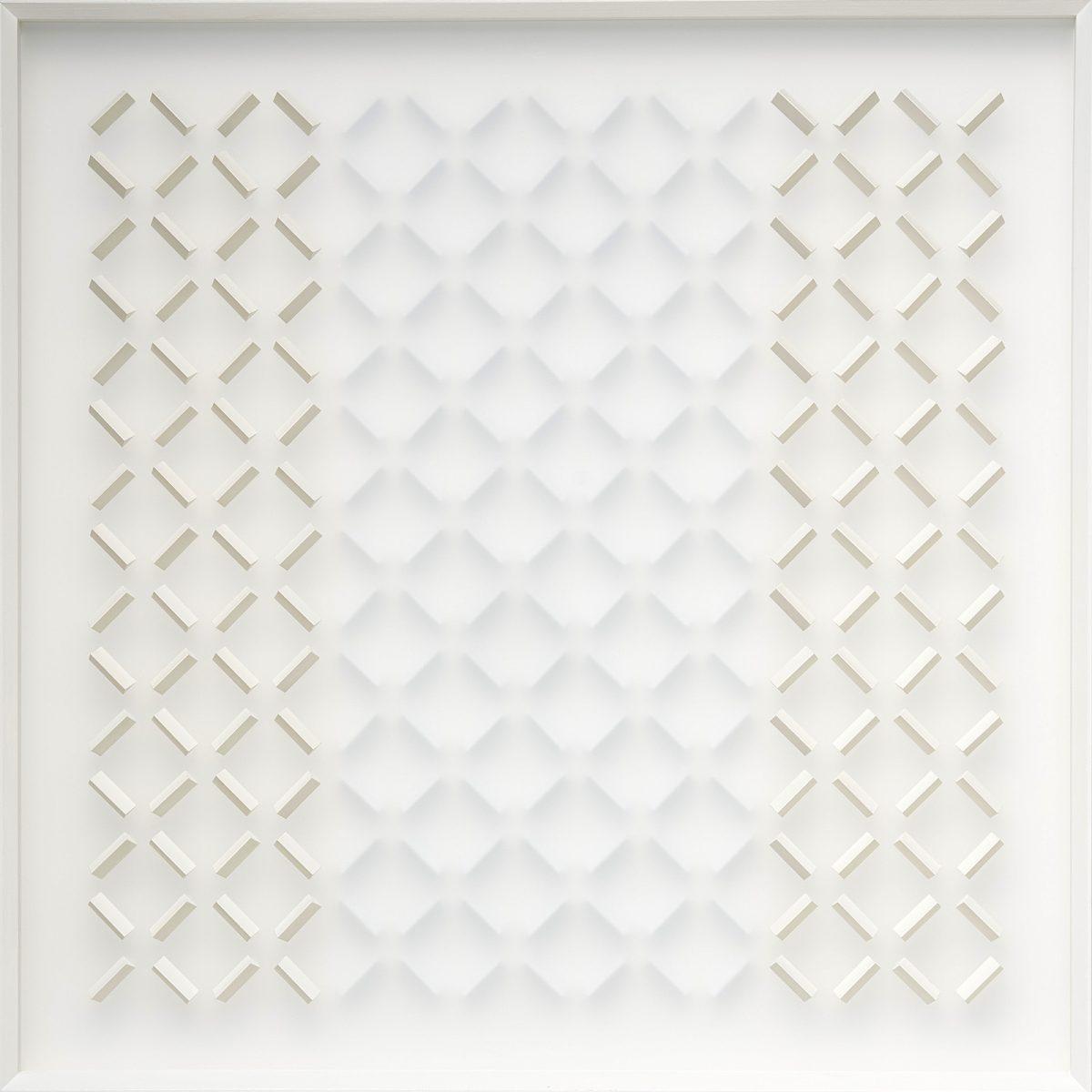 03 Klaus Staudt, induktives Gelb, 2018, 70 x 70 x 6,5cm, Holz, Acrylfarbe, Plexiglas; Foto: Norbert Miguletz