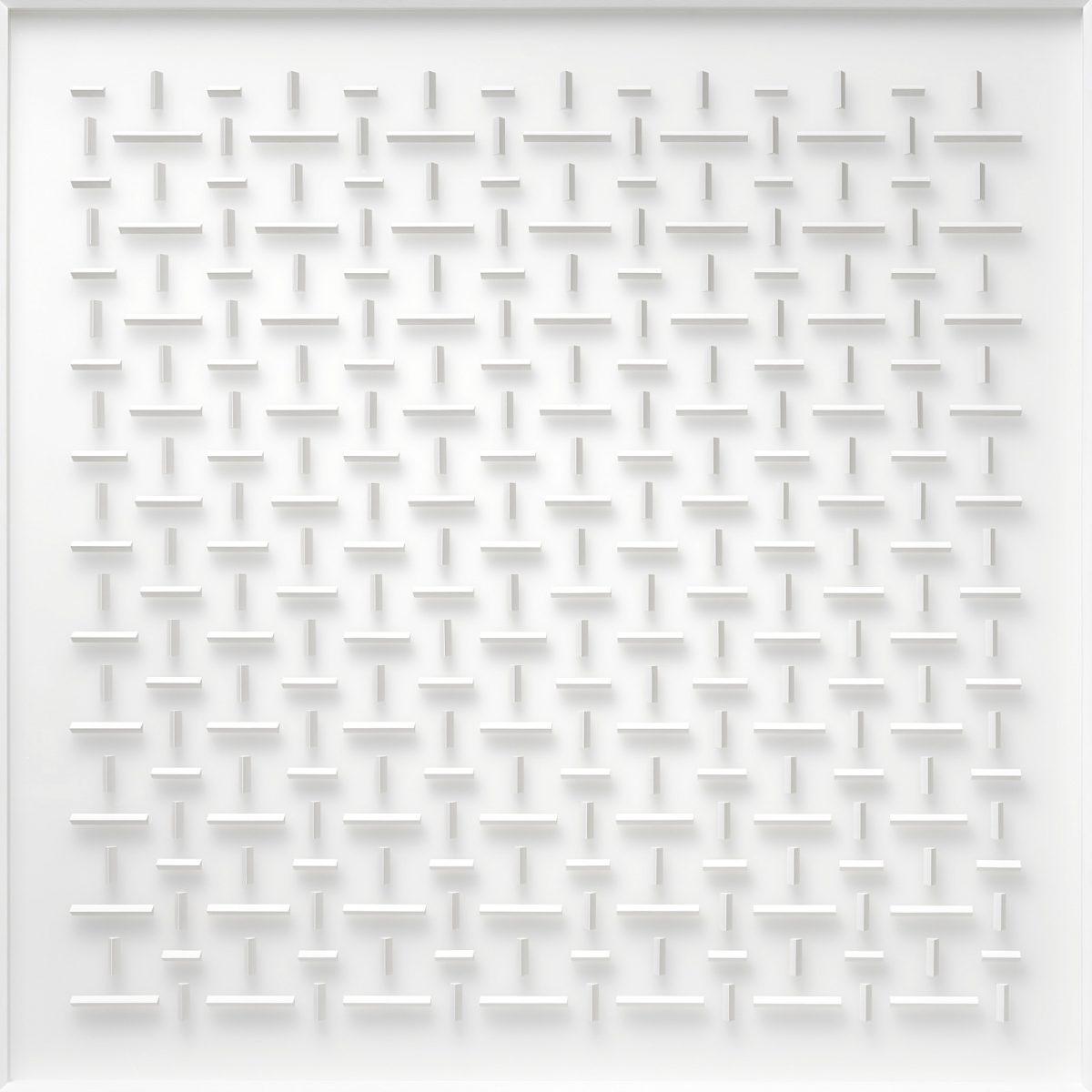 19 Klaus Staudt, übereinstimmend, 2017, 120 x 120 x 7cm, Holz, Acrylfarbe, Plexiglas; Foto: Norbert Miguletz