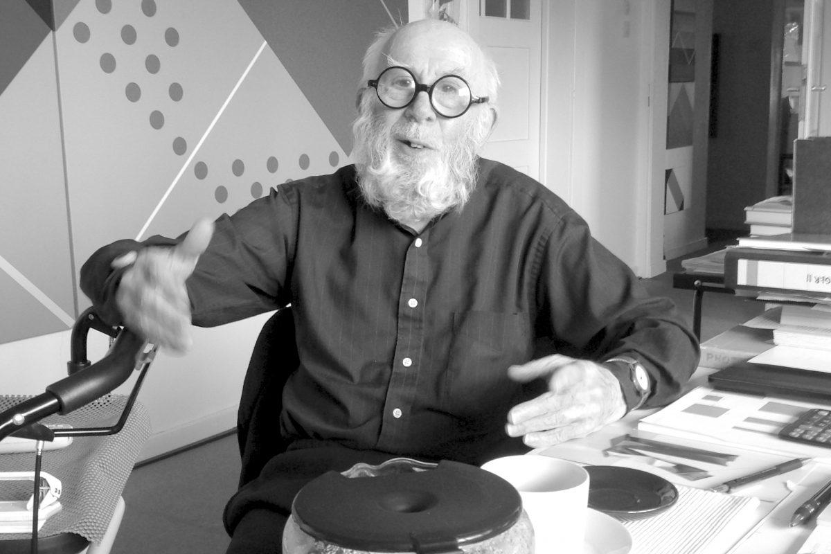 Heijo Hangen 2017 in seinem Atelier; Foto: Stephan Geiger/Galerie Geiger