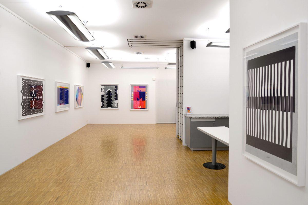 Installationsansicht der Ausstellung MACK - COLLAGEN