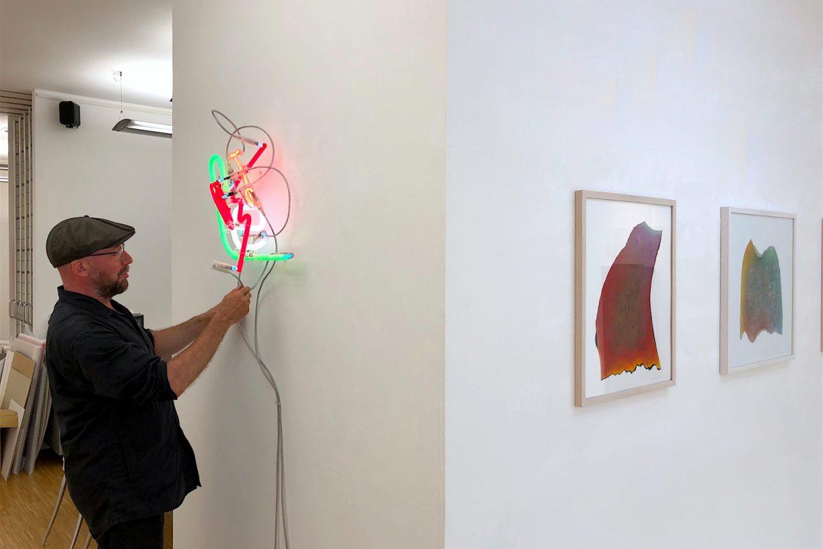 Klaus Staudt, Praeludium, 2017, 100 x 100 x 8 cm, Holz, Acrylfarbe, Plexiglas