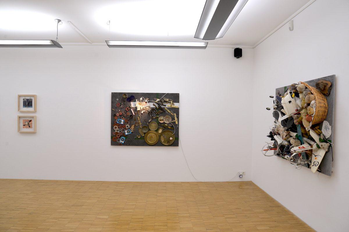 "Installationsansicht Ausstellung ""Daniel Spoerri - every, day, life"""